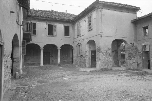 L elegante porticato della Curt di Tartanèi.... - Archivio Immagini ... 20624ec52c98